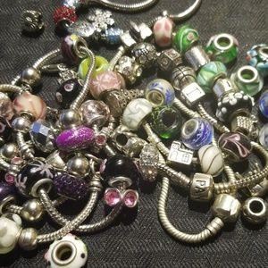 7 bracelet lot & extra beads